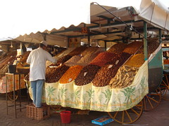 Jama'a el-Fnaa - Marrakech (msa70) Tags: frutas fruits vegetables mercado morocco marocco marrakech frutta vegetales marketstall verdura jama'aelfnaa