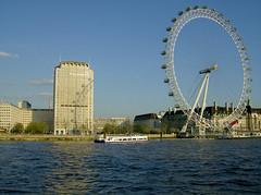 London Eye e Shell (Gijlmar) Tags: uk inglaterra england london europa europe londres angleterre londra londen anglia inghilterra avrupa evropa londyn    eurooppa englanti  ngiltere eurpa anglaterra