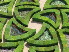 Villandry (Joe Shlabotnik) Tags: france gardens jardin villandry myfave 2007 faved abstractarty april2007 heylookatthis