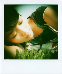 (Twiggy Tu) Tags: life holiday selfportrait film me polaroid taiwan 600 myeverydaylife sx70sonar