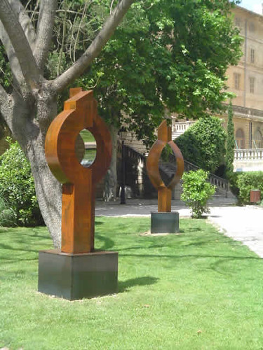 Llum circular, escultura