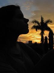 Silhouette on sunset (Marco de Mojana) Tags: sunset shadow woman sun sol face silhouette perfil sombra mojana