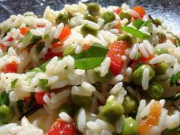 Sommerlicher Reissalat