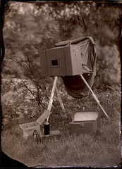 portable* darkroom (Cynan Jones) Tags: negative wetplate ogwen f6 collodion fiveseconds darkbox mildintensification lithiumcollodion 47lbs