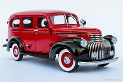 1946 Chevrolet Suburban (khendrix21) Tags: danburymint 1946 chevrolet suburban 124scale diecast model truck