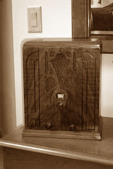 Tombstone Farm Radio (I'mNotHer) Tags: wood sepia radio vintage wooden fantastic antique farm gorgeous tombstone collections soe radios elegance vintageelectronics vanishingbeauty objectsfromthepast radioheads vintagegoodies sepialovers retroworld tuberadiosrealradiosglowinthedark vintageretroandkitschelectronics thecollectorscollective radiohorfunk