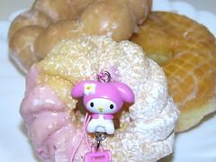 mymelo VS DOUGHNUTS