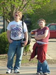 Laura and Dad [Waiting] (WickerBasket) Tags: college campus illinois spring april urbana champaign uofi 422 chambana