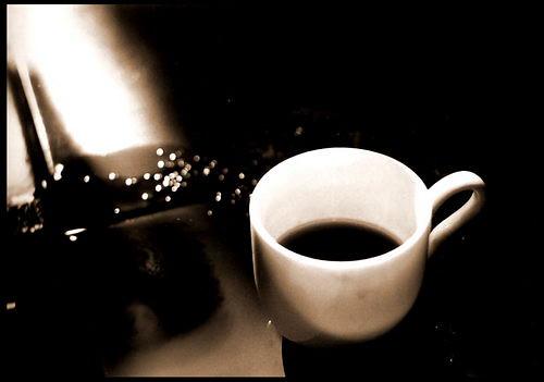 แสง เงา, กาแฟ และเรา