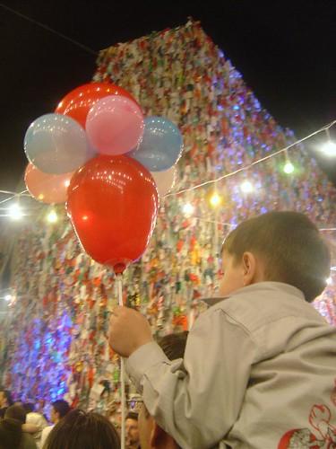 balon ve dilek duvarı