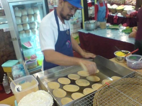 Making Thai Pancake