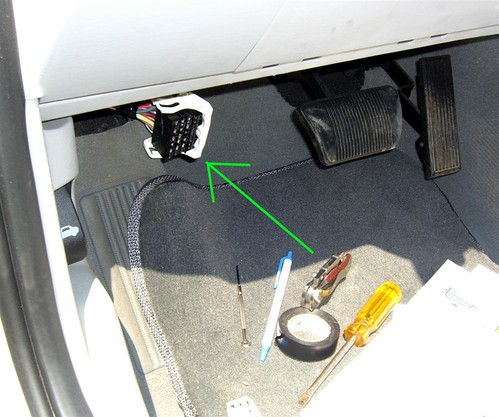 guide 2006 power windows and sunroof always on pt cruiser forum 2002 PT Cruiser Fuse Box Diagram at 2007 Pt Cruiser Interior Fuse Box Location