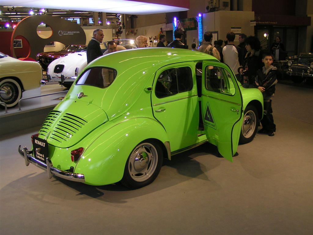 (111) Renault 4cv. go back