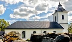 Virestads kyrka (Hannes R) Tags: church sweden smland hdr 1exp virestad virestadskyrka