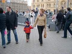 from the metro (Leonid Ivanov) Tags: moscow yulka 9thmay lenaanohina