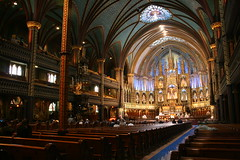 Basilique Notre-Dame de Montral (kirk lau) Tags: canada church architecture canon eos rebel iso800 montreal sigma eastern f5 kirk lau 18mm kkl sigma18200 0ev xti 04sec hpexif keepexploring sigma18to200 kirk1978atgmaildotcom kirklau kirk1978