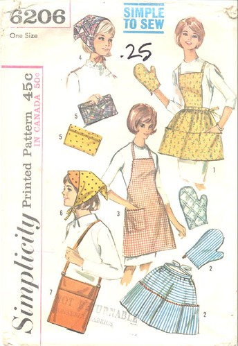 Vintage aprons, scarves, mitts, bags pattern