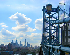 Ben Franklin Bridge - Philadelphia (joiseyshowaa) Tags: bridge blue sky philadelphia river pennsylvania pedestrian resort shore penn jersey philly delaware benfranklinbridge benfranklin jerseyshore penna delawareriver transportationalternatives joiseyshowaa joiseyshowa