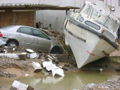 AL-Ghubra (MeMoRy_ReMaInS) Tags: om oman muscat gonu rain sultanate cyclone         zadjali alzadjali 968