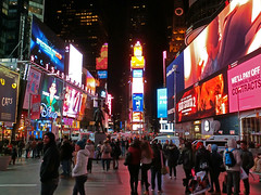 New York Holiday #21 (Ted Tamada) Tags: newyorkcity timessquare tamada tedtamada tedsphotography tedtamadaphotography tamadaphotography streetphotography streetwork casioexilim pointandshootcasioexilim