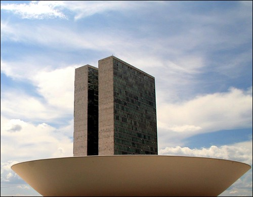 National Congress Building - Brasilia - Brazil (by Luiz Castro)