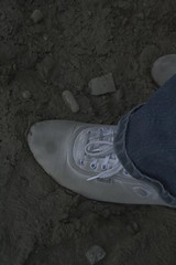 muddy_balloons_10 (sneaker lover) Tags: white fetish balloons shoes dirty canvas worn sneaker muddy keds