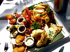 Shellharbour Food Photography: Seafood Platter for One ($55) from Ocean Beach Hotel, Shellharbour NSW 2528 Australia (Vanessa Pike-Russell) Tags: food fish macro iso100 restaurant bestof vibrant australia f45 nsw mostinteresting seafood oyster portfolio scallop popular platter prawn 2007 myfaves barramundi illawarra shellharbour 1250s foodstyling 20070423 oceanbeachhotel pc2528 131346 reviews vanessapikerussellbest