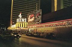 USA Las Vegas 1984 (orangevolvobusdriver4u) Tags: usa sign night lasvegas nacht schild 1984 tafel leuchtreklame lasvegas1984 archiv1984