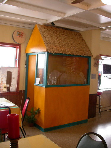 little house, Mis Viejos restaurant