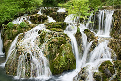 Orbaneja del Castillo, Burgos (flaxtonbein) Tags: travel espaa water waterfall spain agua nikon burgos cascada turism 18135 sedano castillaleon orbaneja d80
