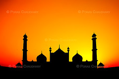 Jama Masjid, New Delhi ( Poras Chaudhary) Tags: new sunset red india colors silhouette geotagged evening twilight colorful delhi masjid jama abigfave geo:lat=28650693682230827 geo:lon=7723365068435669