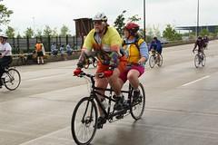 DPP_0908.JPG (P4O4E4T) Tags: chicago bike bicycle lakemichigan lakeshoredrive 2007 bikethedrive