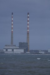 Poolbeg Chimneys (photo: infomatique)