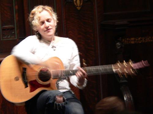 Raina singing