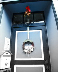Easter Mistletoe (leigaaman) Tags: christmas door blue festive colours decoration postbox mistletoe ribbon goslar notchristmas easter2007