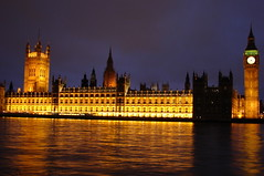 Parlamento Ingls / Houses of Parliament (Marcio Cabral de Moura) Tags: uk greatbritain inglaterra trip winter vacation england london tourism thames night geotagged europa europe janeiro unitedkingdom sony january frias bigben noturna londres gb viagem noite parlament h2 inverno turismo oldcity thamesriver 2007 reinounido parlamento riotmisa tmisa visittheworldthetravelguide grbretanha parlamentoingls britishparlament