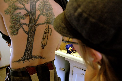 (katypang) Tags: tree tattoo easter critter kkk lynching katypang