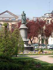 Place Jeanne d'Arc (denise_baas) Tags: les bains wijnreis