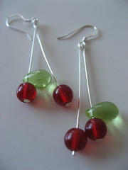 earrings: glass cherries (charclam) Tags: earrings cherryearrings