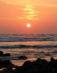 Sunset 30/03/2007 (╚ DD╔) Tags: sunset cute beach beautiful coral rock canon wonderful rocks waves sweet awesome explore lovely maldives s3 addu naturesfinest hithadhoo s3is mywinners impressedbeauty superaplus aplusphoto superbmasterpiece diamondclassphotographer flickrdiamond interestingbess explore25thapril2007