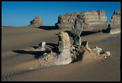 Sudan (ursulazrich) Tags: sahara rocks desert sudan desierto wüste deserto soudan woestijn الصحراء sudani libyandesert libyschewüste الكبرى