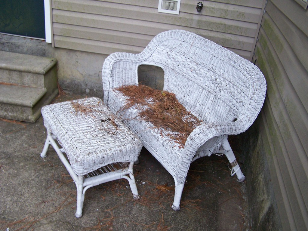 Clearance wicker patio furniture patio furniture for Wicker patio furniture sets clearance