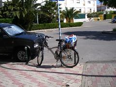 O mais parecido com um lugar de estacionamento para bicicletas...