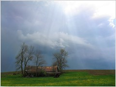 After The Storm.... (~Zeannie~) Tags: sky storm barn breathtaking beautywithin arayoflight mywinners 123f50 platinumphoto impressedbeauty superbmasterpiece wowiekazowie supereco amazingamateur excellentphotographerawards onlythebestare finefind excellentscenic wonderfulworldmix