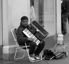 accordian player (annette62) Tags: monument newcastle busker accordianplayer