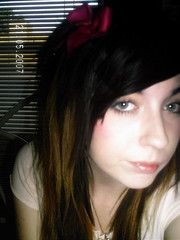 DCFC0006 (deadendlivinghell) Tags: posing melissa sucks newhairstyle teenagegirl 17yearsold emoish