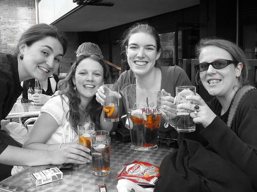 Pimm's avec les filles de VoC