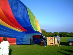 IMAG0204 (yxxxx2003) Tags: new blue red hot green air baloon ballon balloon milton keynes mk yello 2007 balon olney hotairballon yxxxx