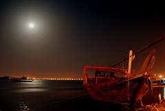 Moon Light (BALUCHI) Tags: old sea moon night lights boat bahrain shore bullseye muharraq mywinners superaplus aplusphoto superhearts onlythebestare theartlair