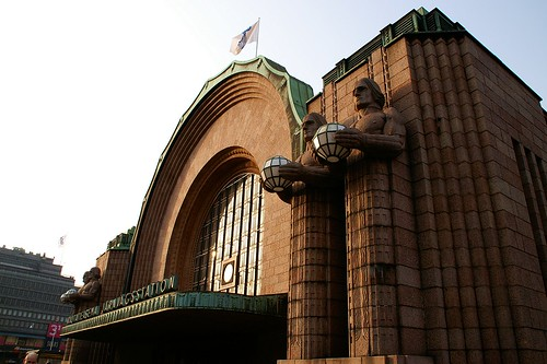"Helsinki - Railway Station • <a style=""font-size:0.8em;"" href=""http://www.flickr.com/photos/26679841@N00/454566316/"" target=""_blank"">View on Flickr</a>"